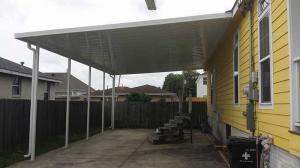 raised-house-carport